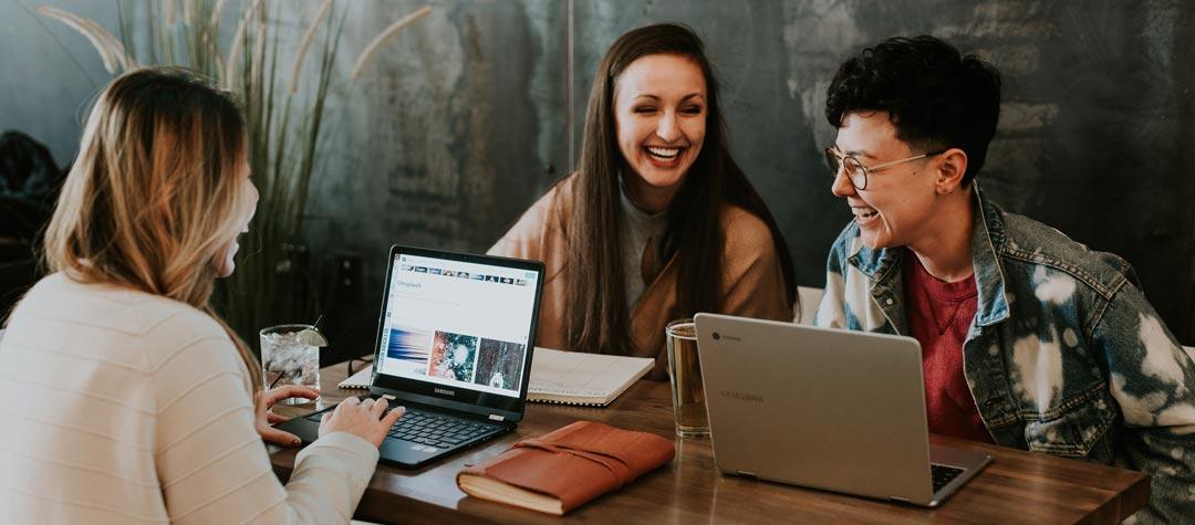 Ihre Team-Posting-Idee auf Facebook und Instagram von CLICKLIFT Online Marketing